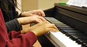 Music Teacher : Piano Lessons Los Angeles